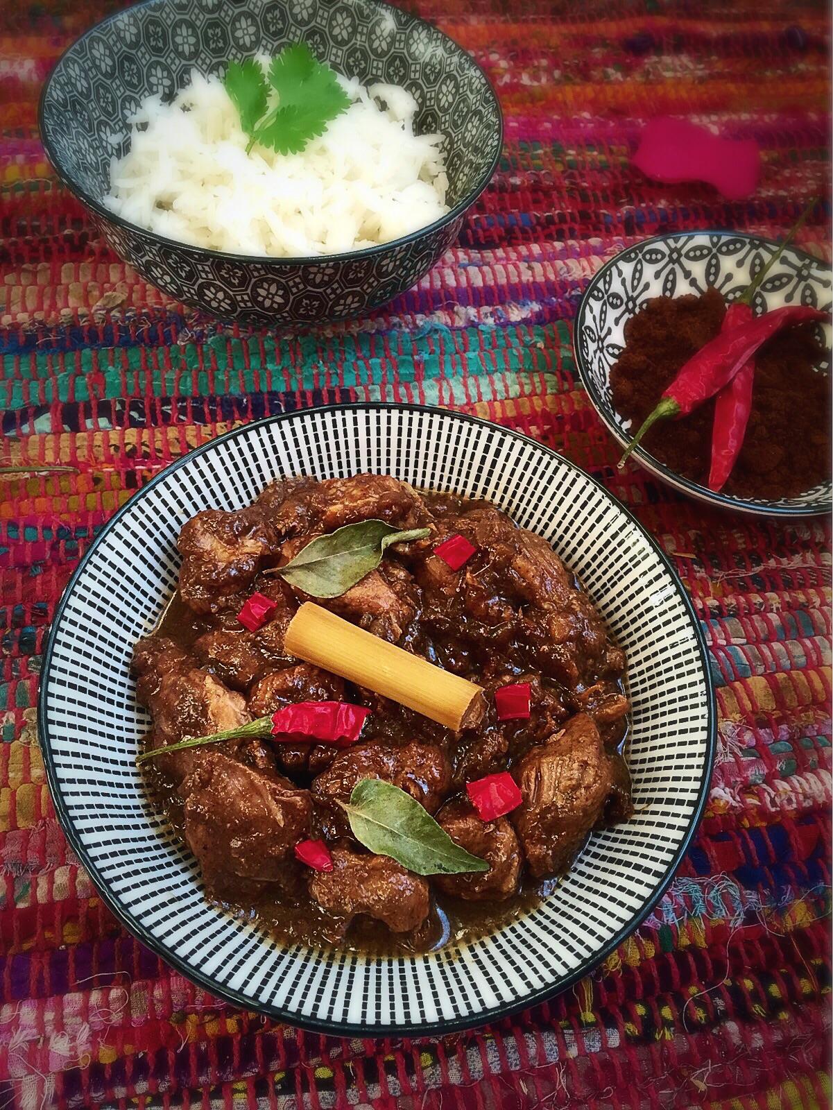 Porc au curry noir
